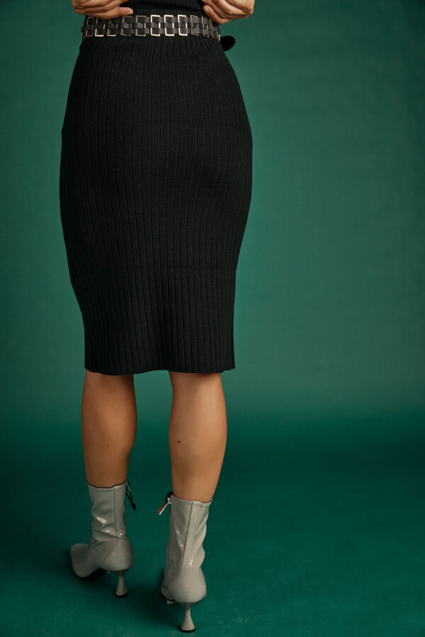 Rib Knit Skirt – Black