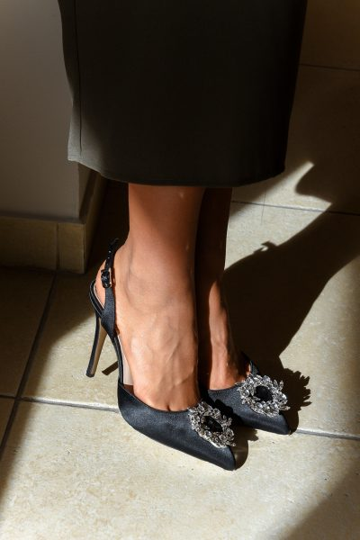 Jeweled Pumps – Black