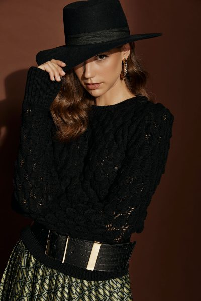 Lepia Black Sweater