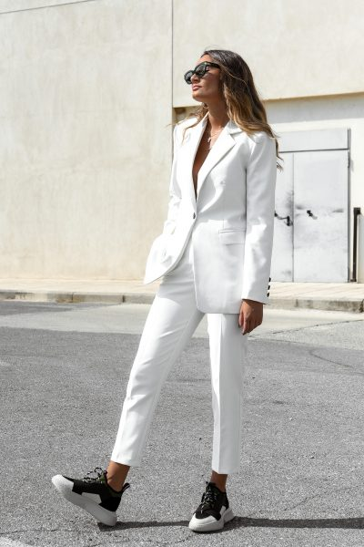 White Highwaist Cigar Pants