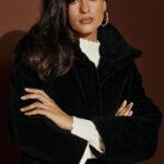 Oversized Fur Coat – Black