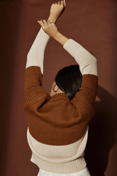 Two Tones Beige Knit