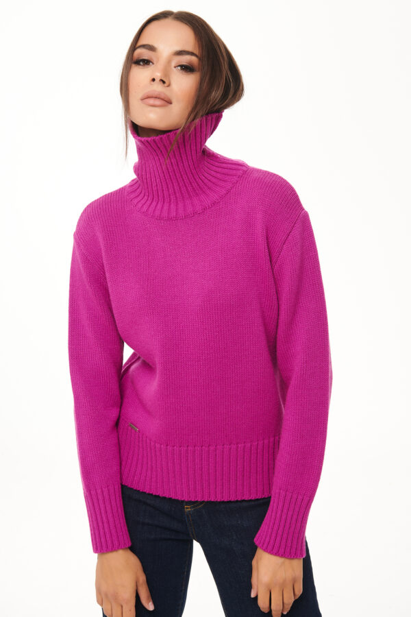 Turtleneck Sweater – Magenta