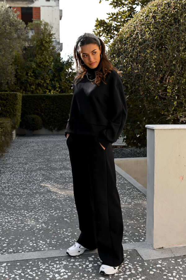 KIMBERLY black straight leg sweatpants
