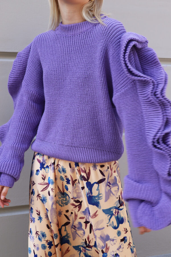 Purple Ruffled Sleeves Knit