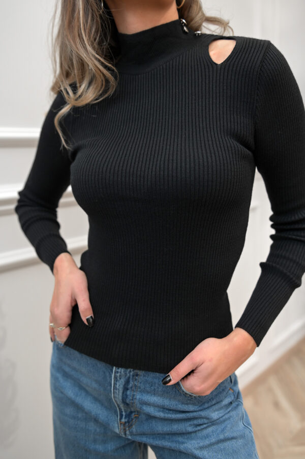 Cut Out Knit Top – Black